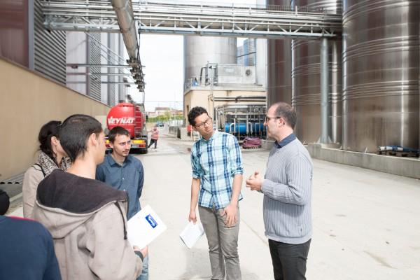 La Garantie Jeunes est un dispositif expérimental mis en place dès 2014, afin de répondre à la question cruciale de l'emploi des jeunes de 18 à 25 ans